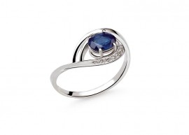 White gold Diamonds and sapphire ring 1
